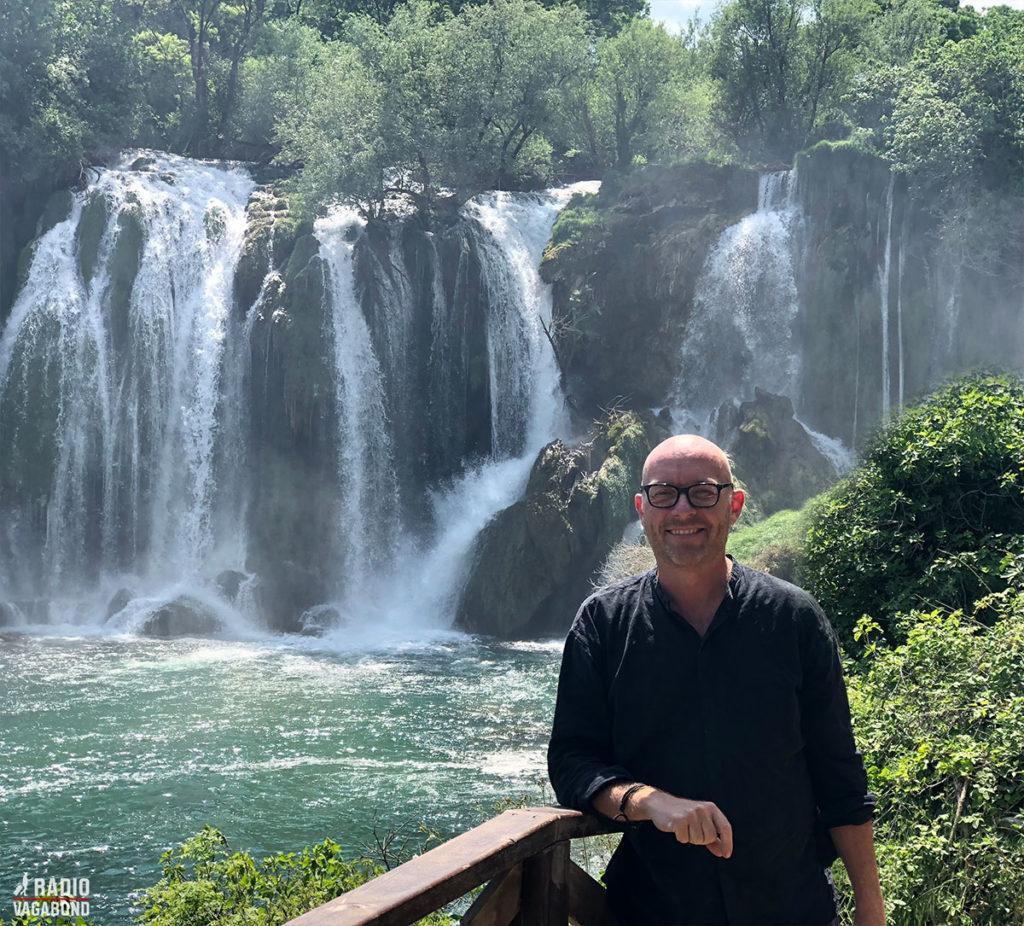 Fantastisk smukke landskaber ned til vandfaldene i Kravica.