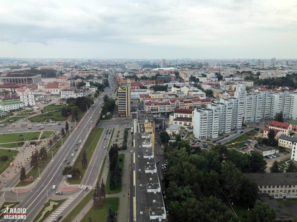 Independence Avenue er en meget lang gade gennem Minsk