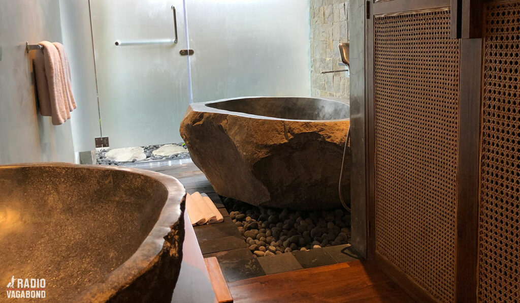 Smukt badeværelse i min suite.