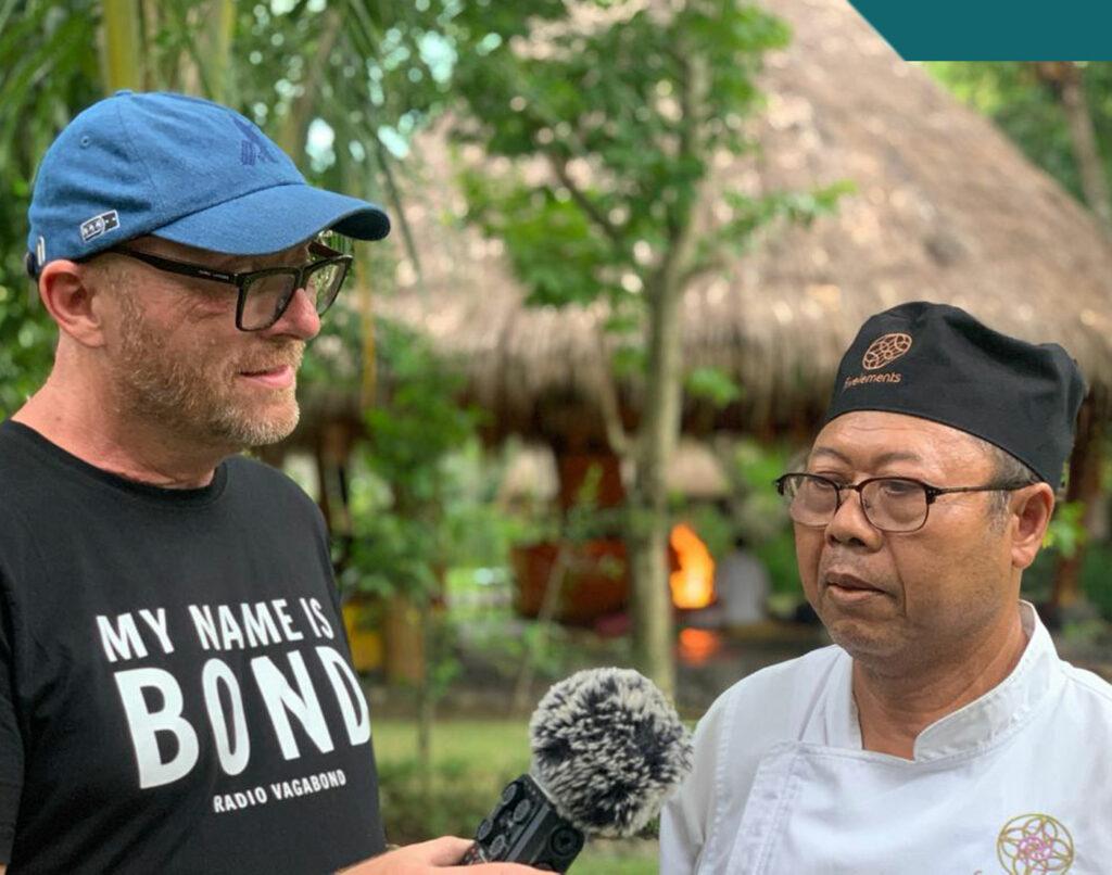 I haven møder jeg deres talentfulde balinesiske kok, Made Tantra.