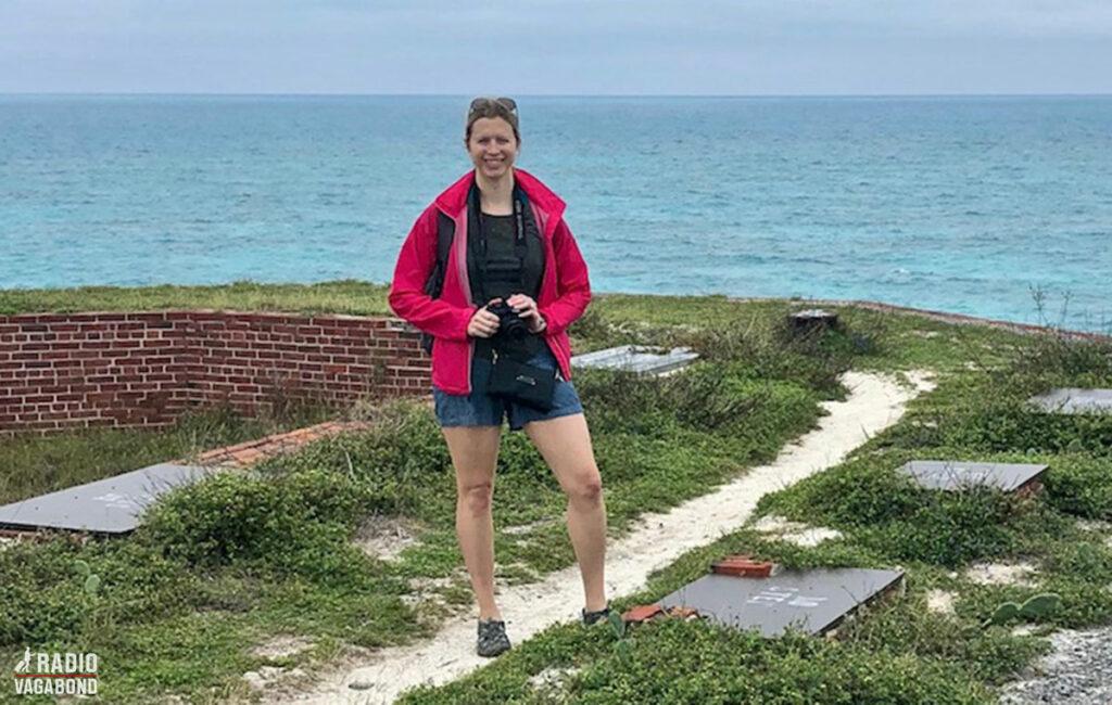 Brianne er freelance skribent, fotograf og rejseblogger. Hun har været i mere end 45 lande indtil nu siden sin første store udenlandsrejse til Kina, da hun var 11 år gammel.