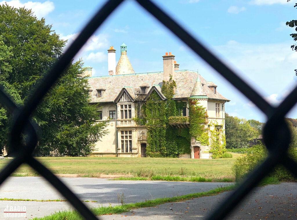Der er nogle pænt store huse i Newport