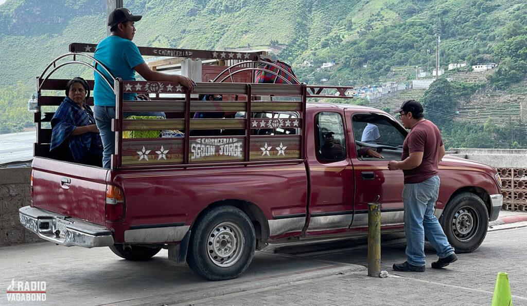 Pickup-truck-taxi er normalt på disse kanter
