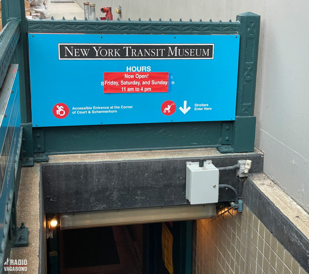 Træd ned i en nedlagt undergrundsmuseum og se et interessant museum.